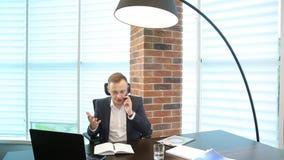 Boze Zakenman With Smartphone stock footage