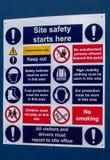 Bräde för påminnelse för säkerhet för arbetsplats royaltyfri foto