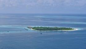 Bräka bildMaldiverna för atollen flyg- biosfär Arkivbilder
