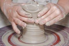 bränd lerakrukmakeri arkivbild
