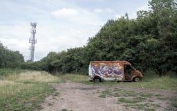 Bränn ut skåpbilen i Birmingham arkivfoton