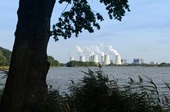 Bränna till kol kraftverket Royaltyfri Fotografi