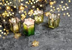 Brännande för stjärnajul för stearinljus guld- garnering för ljus Fotografering för Bildbyråer