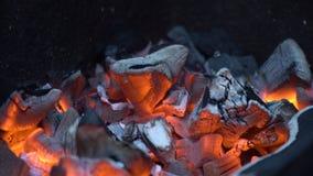 bränner till kol varm red fotografering för bildbyråer
