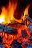 bränner till kol varmt fotografering för bildbyråer