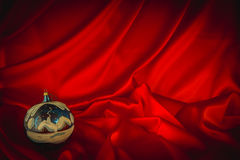 Brännhet-röd bakgrund för lyckönskan på jul och ny Ye Fotografering för Bildbyråer