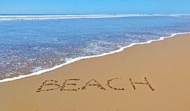 bränning för sommar för stenar för strandkustcyprus medelhavs- sand arkivbilder
