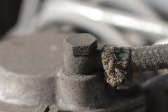 Bränslelinje till motorn Arkivfoto