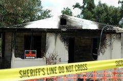 bränt hus arkivbild