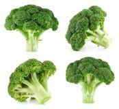 Brócolis crus isolados fotografia de stock