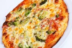 Brócolis da pizza Fotografia de Stock