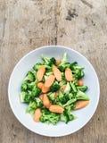 Brócolis e salsicha Imagens de Stock