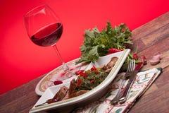 Bróculi Rabe con las salchichas Fotos de archivo libres de regalías