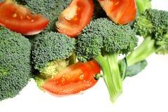 Bróculos e tomate Imagem de Stock Royalty Free