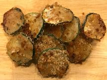 Bröat zucchinichips Royaltyfri Foto