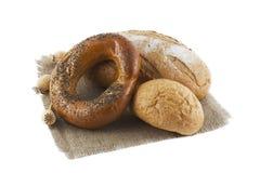 bröd isolerade loaves Fotografering för Bildbyråer