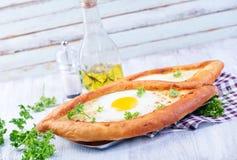 Bröd med ägget Arkivfoto