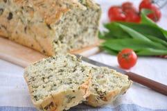 Bröd med örter Arkivfoton