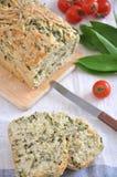 Bröd med örter Arkivbilder