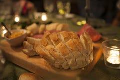 Bröd med matställen Royaltyfri Fotografi