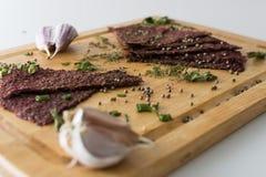 Bröd med vitlöksmällarevitlök Fotografering för Bildbyråer