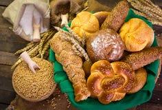 Bröd och bakelse Arkivfoto
