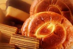 Bröd och Cake Arkivfoto