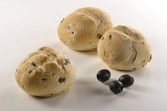 Bröd och olives_1 Arkivfoton