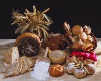 Bröd och rullar Arkivbild