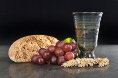 Bröd och vin Arkivfoton