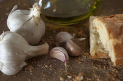 Bröd. Vitlök. Olja. Bageri arkivbilder