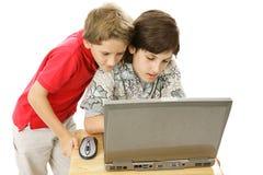 bröder online arkivfoton