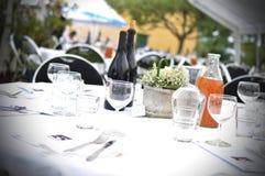 bröllop för fokusexponeringsglastabell Royaltyfri Bild