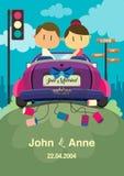 bröllop för rengöringsduk för mall för sida för bakgrundskorthälsning universal Paren som rider en bil Royaltyfri Bild