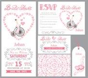bröllop för romantiskt symbol för inbjudan för bakgrundseleganshjärtor varmt Brudonretrocykel, rosa dekor Royaltyfri Bild