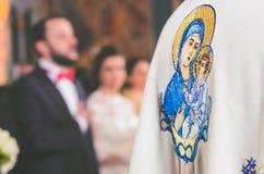 bröllop för tappning för klädpardag lyckligt Fotografering för Bildbyråer