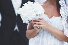 bröllop för tappning för klädpardag lyckligt Royaltyfri Fotografi