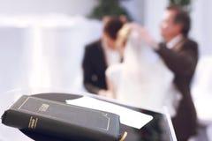 Bröllop och bibel Royaltyfri Fotografi