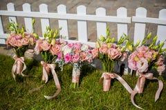 Bröllopbukett av brudtärnan Royaltyfri Fotografi