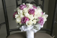 Bröllopbukett av vit- och rosa färgblommor Royaltyfria Foton