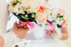Bröllopbukett, brud- bukett, boutonniere Royaltyfri Foto