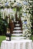 Bröllopchampagneexponeringsglas Arkivfoton