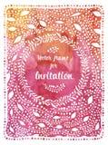 Bröllopinbjudan på vattenfärgbakgrund Hälsningkort med en ram för text Arkivbild