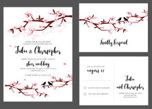 Bröllopinbjudankort med blommafilialer och fåglar Royaltyfri Bild