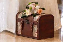 Bröllopkortet boxas Royaltyfria Bilder