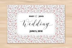 Bröllopkortet med hjärtor mönstrar bakgrund, inbjudanmall Skriftlig beställnings- kalligrafi för hand royaltyfria bilder