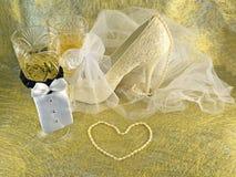Bröllopkortet med skor Arkivbild
