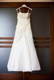 Bröllopsklänning arkivbilder