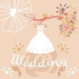 Bröllopsklänning, färgrika blommor och bokstäver fotografering för bildbyråer