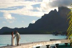 bröllopsresa borafransman polynesia Royaltyfri Bild